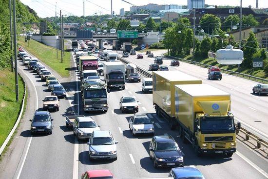 Los atascos tienen un efecto multiplicador sobre las emisiones